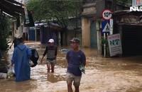 Đà Nẵng: Người dân hối hả chạy lũ