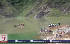 Khẩn trương tìm kiếm 2 người bị nước lũ cuốn trôi tại Yên Bái