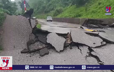 Mưa lũ gây hư hỏng nhiều tuyến đường tại Quảng Bình