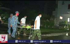 Đảo Trường Sa cấp cứu ngư dân Quảng Ngãi bị tai nạn lao động