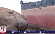 Nguy cơ tràn dầu từ tàu vận tải bị nạn
