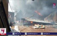 Liên tiếp cháy cơ sở phế liệu trong khu dân cư