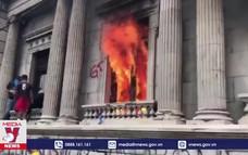 Phóng hỏa tòa nhà Quốc hội Guatemala
