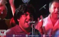 """Maradona hát """"Bàn tay của Chúa"""""""