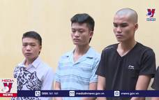 Bắt giữ 5 đối tượng cướp xe máy trên đường Hồ Chí Minh