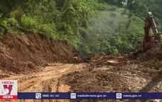 Mưa lũ gây ngập sâu, chia cắt nhiều nơi tại Quảng Nam