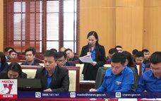 Đoàn viên góp ý vào dự thảo văn kiện Đại hội XIII