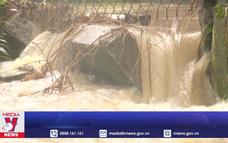 Quảng Ngãi mưa lớn, nhiều khu vực tiếp tục ngập sâu