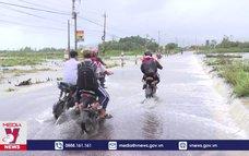 Mưa lớn gây ngập lụt tại Bình Định