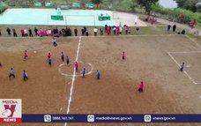 Trao sân chơi cho thanh thiếu nhi vùng cao