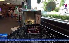 Bỉ dùng tia UV khử khuẩn xe đẩy siêu thị