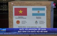 Quốc hội Argentina tiếp nhận quà tặng của Quốc hội Việt Nam