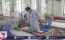 Cảnh báo sốt xuất huyết nặng tăng cao ở trẻ em