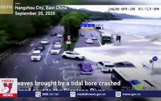 Thuỷ triều sông Tiền Đường (Trung Quốc) dâng nhanh cuốn phăng ô tô