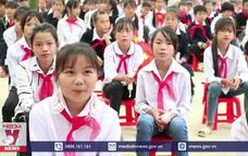 Lễ khai giảng năm học ở vùng cao Hà Giang