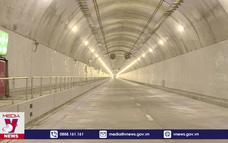 Vì sao hầm Hải Vân 2 vẫn chưa thông xe?