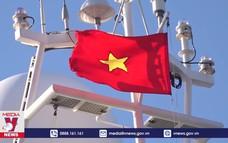 4 tàu hải quân chở quà Tết ra huyện đảo Trường Sa