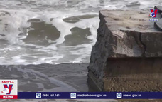 Kè biển của Bình Thuận bị hư hại do sóng xâm thực