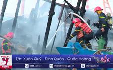 Cháy nhiều tàu cá tại Âu thuyền Thọ Quang