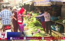Chợ truyền thống tại TP.HCM mở bán lại sau Tết
