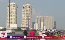 Chính phủ yêu cầu kiểm soát chặt tín dụng bất động sản