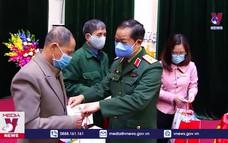 Tặng quà Tết các đối tượng chính sách tại Phú Thọ