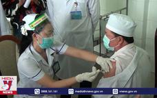 Đồng Tháp tiêm vaccine phòng COVID-19 cho cán bộ y tế tuyến đầu biên giới