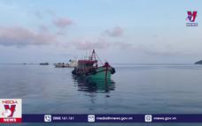 Ngư dân thay đổi tàu cá thành tàu chở dầu trái phép