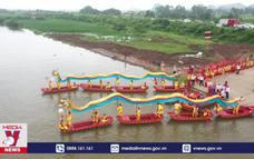 Lễ hội Hoa Lư thu hút nhiều du khách
