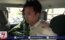 Lào Cai bắt đối tượng vận chuyển 6 bánh heroin