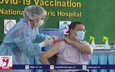 Campuchia bắt buộc tiêm vaccine ngừa COVID-19
