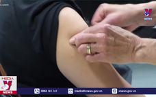 Mỹ trao giải xổ số 1 triệu USD cho người tiêm vắc xin