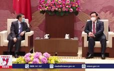 Chủ tịch Quốc hội tiếp Đại sứ Lào