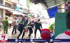 Hỏa hoạn thiêu rụi ba căn nhà tại Long Xuyên