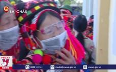 Đồng bào các dân tộc Lai Châu đi bầu cử