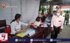 Cử tri thành phố đảo Phú Quốc tham gia bầu cử
