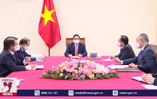 Thủ tướng Phạm Minh Chính điện đàm với Thủ tướng Australia