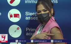 Tân Hoa hậu Hoàn vũ thế giới kêu gọi người dân tiêm vắc xin