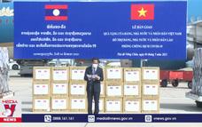 Việt Nam hỗ trợ và cử chuyên gia sang Lào chống COVID-19