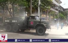 Quân khu III hỗ trợ Thái Bình tiêu độc khử trùng