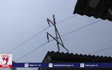 Đường điện bị bỏ quên gây khó cho dân