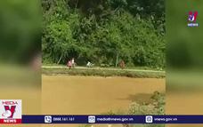 Đại úy công an quên mình cứu người bị lũ cuốn tại Tuyên Quang