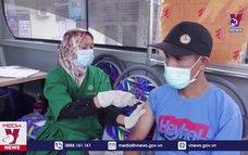 Indonesia mở rộng mô hình xe bus tiêm chủng