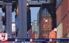 Giá cước vận chuyển container tăng vọt