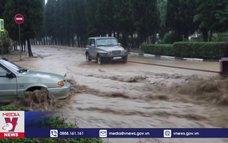 Lũ lụt nghiêm trọng, Crimea kêu gọi Hải quân Nga hỗ trợ