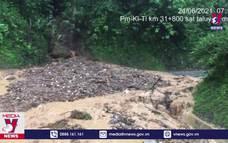 Mưa lớn gây ngập và sạt lở nhiều tuyến đường ở Lai Châu