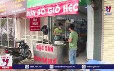 Mừng – lo Hà Nội mở lại dịch vụ