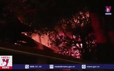 Dập tắt hỏa hoạn trong KCN Sóng Thần I, Bình Dương