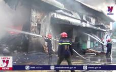 Cháy tại Công ty hóa chất ở KCN Long Bình, Đồng Nai