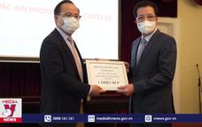 Người Việt tại Nga quyên góp cho Quỹ vaccines phòng COVID-19 quê nhà